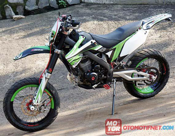15 Gambar Modifikasi Kawasaki KLX 150 Dan Dtracker 150