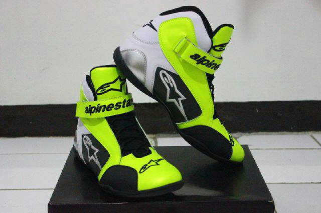 Sepatu Drag Alpinestars Hijau Hitam Putih