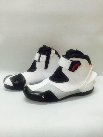 Sepatu SFR Touring & Cornering