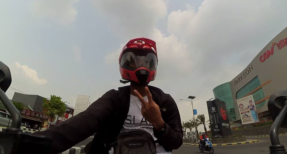 Helm Supemoto Snail MX 311