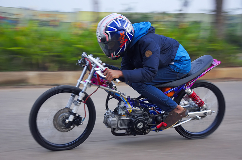 Modifikasi Motor Drag Yamaha New Vega R 2016