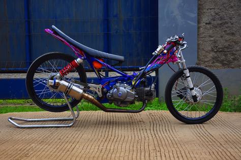 Modifikasi Motor Drag Yamaha New Vega R