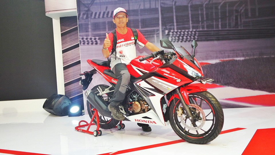 All New Honda CBR R 150 2016 Merah