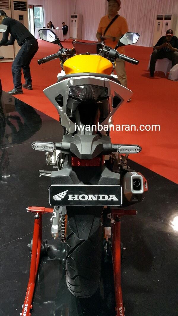 Bagian Belakang All New Honda CBR R 150 2016 Repsol