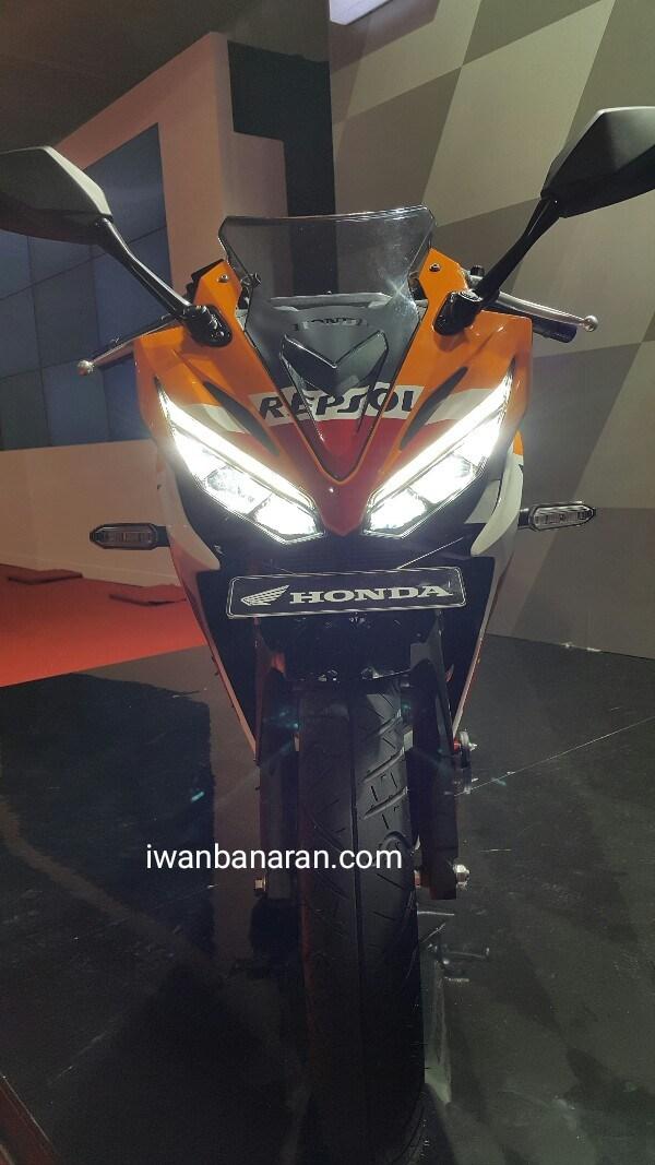Bagian depan All New Honda CBR R 150 2016 Repsol