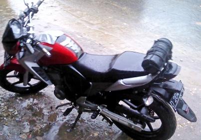 Tabung Jas Hujan