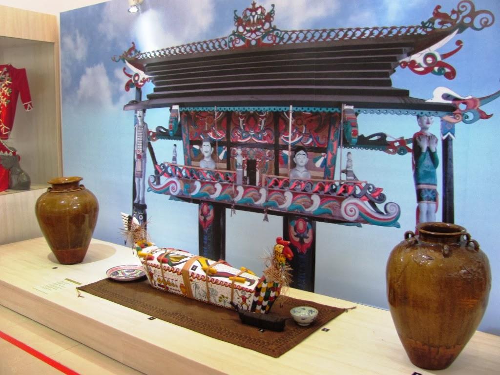 http://traveling-kiancantik.blogspot.com/