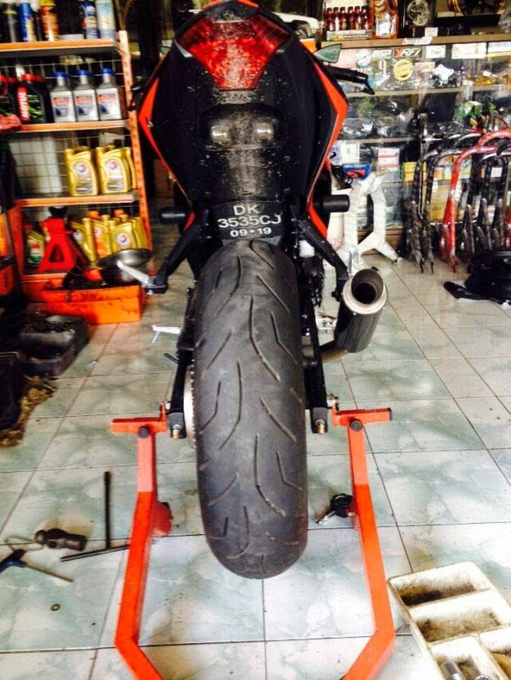 Modifikasi Yamaha R25 Velg 5 inchi 160 60-17