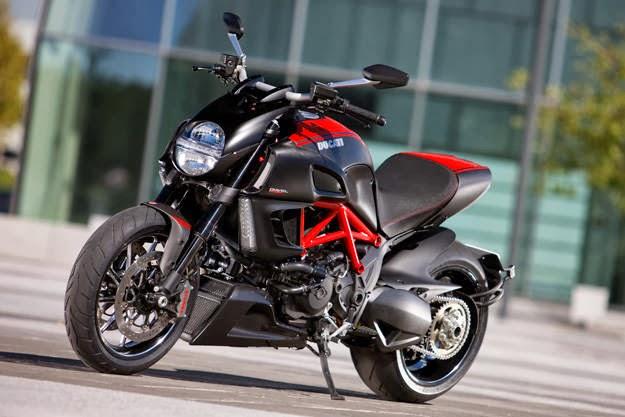 Motor Cruiser Ducati Diavel