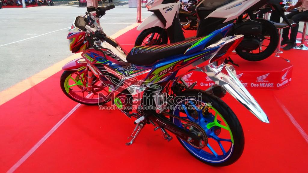 Gambar Modifikasi New Honda Sonic 150 r