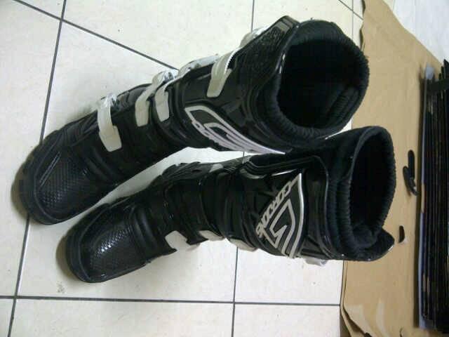 Sepatu Motocross Gordons Hitam Putih Murah