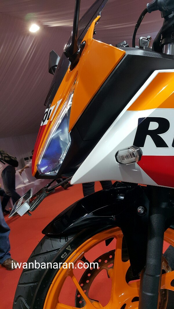 Headlamp Depan All New Honda CBR R 150 2016 Repsol